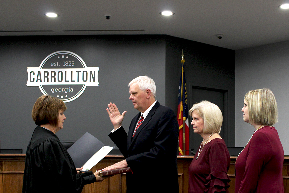 Brett Ledbetter Sworn In To Council Post